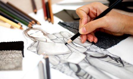 درباره شغل طراحی لباس و آینده شغلی آن چه می دانید؟
