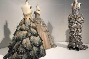 آموزش طراحی لباس و مد