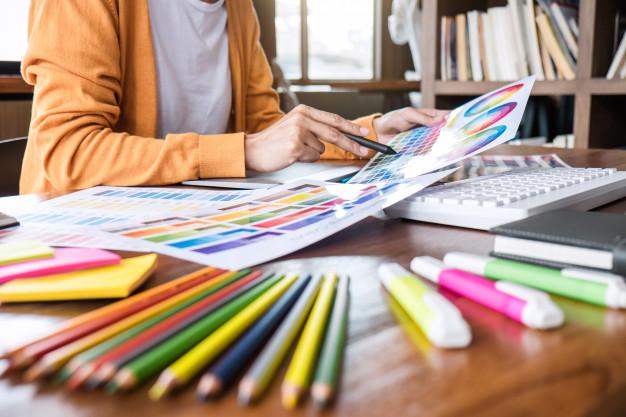نقش رنگ ها در طراحی داخلی